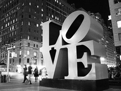 LOVE, Robert Indiana